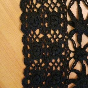 dont know Accessories - Black crochet shawl